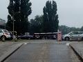 Rušné ráno v Bratislave: FOTO Evakuácia Technopolu, na súdoch boli nahlásené bomby!