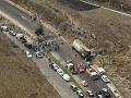 VIDEO Hrozivá tragédia v Mexiku: Zrážka autobusu a nákladného auta si vyžiadala desiatky obetí
