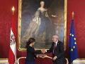 FOTO Kauzami zmietané Rakúsko má novú líderku: Našich susedov povedie vôbec prvá kancelárka