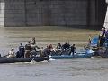 Pátracia akcia po havárii lode na Dunaji: Potápači vyzdvihli prvú z obetí, identifikovali ôsmu obeť