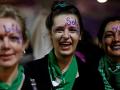 Búrlivé demonštrácie v Argentíne: Tisícové masy protestovali proti násiliu páchanému na ženách