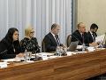 Na snímke zľava členovia výberovej komisie Dagmar Fillová, Mariana Leontiev, Peter Kovařík, Peter Demčák a Tomáš Čitbaj