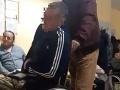 VIDEO zo skalickej nemocnice vyvolalo pobúrenie: Pacienta nechali čakať s prudkými bolesťami!
