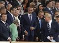 Veľký deň pre Rašiho: Na jednom FOTO s kráľovnou a Trumpom! Pohárik s Macronom a pokec s Merkelovou