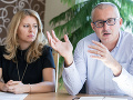 Zuzana Čaputová a Miroslav Kollár počas tlačovej besedy na tému Kauza skládky Gbely, ktorá sa konala minulý rok.