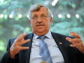 Motívom vraždy Lübckeho bol pravicový extrémizmus: Seehofer varuje pred nebezpečenstvom