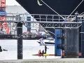 Aktivisti v Nemecku protestovali: Za ochranu klímy blokovali vyplávanie výletnej lode