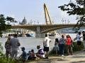 K vraku potopenej lode na Dunaji ukotvili laná: Čoskoro sa začne s procesom vytiahnutia