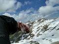 Krvavý útok medveďa v Karpatoch: Mladíkovi (26) zachránila život táto jedna rada od priateľky