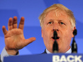 Johnson vyzýva EÚ na zmenu postoja k brexitu: Chce uzákoniť ochranu práv občanov únie
