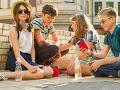 Nepochopiteľná dráma na škole: Chlapec otrávil spolužiačku (12), ponúkol jej fľašku s jedom