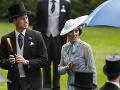 Vojvodkyňa Kate prišla na zahájenie dostihov s manželom Williamom.