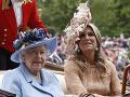 Kráľovná Alžbeta II. s holandskou kráľovnou Maximou.