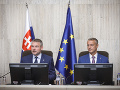 Parlament schválil viaceré zákony: Koniec byrokracie, pozmeňujúci návrh k eKase