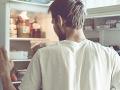 Riziko nákazy z potravín v lete narastá: Hygienici radia, ako ho minimalizovať