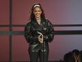 Rihanna sa predviedla v takomto koženom komplete.