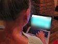 Píšete si s niekým na sociálnej sieti? Buďte ostražití.
