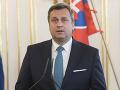 SNS má výhrady k bezpečnostnej stratégii: Podľa Danka musí mať Slovensko dobré vzťahy všade