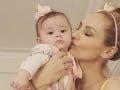 Adriana Sklenaříková a jej mini kópia: Jej malá princezná už čoskoro oslávi svoj prvý rok