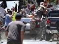 Útok autom na demonštrantov: Belošský rasista z Charlottesville dostal doživotie
