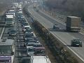 Vodiči, pripravte sa na množstvo víkendových dopravných obmedzení: Zdržíte sa na D1 aj Strečne