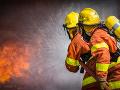 V Hôrke horelo: Popradskí hasiči zasahovali pri požiari letnej kuchyne pri rodinnom dome
