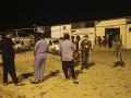 FOTO Nálet v Líbyi zasiahol centrum pre migrantov, najmenej 40 ľudí zomrelo