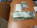 Polícia klepla po prstoch trom mužom: Zaistili takmer 90-tisíc eur, zlodejov už obvinili
