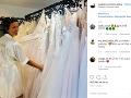 Adéla Gondíková sa pred pár dňami pochválila záberom zo svadobného salónu.