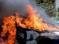 Hasiči v akcii už v skorých ranných hodinách: V Hlbokom horelo osobné auto a dodávka