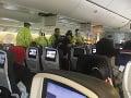 O zranených sa po pristátí v Honolulu postaral zdravotný personál