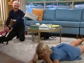 Holly Willoughby spadla na zem, Phillip Schofield sa dobre pobavil.