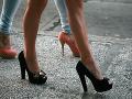Chcete zahodiť topánky na