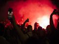 Fanúšikovia futbalového tímu Alžírska bujaro oslavovali: Zásah polície, vyše 280 zadržaných