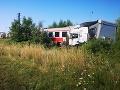 Zrážka vlaku a kamiónu pri Nitre.