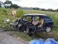 Čelná zrážka a tri ťažké zranenia, to je výsledok rýchlej jazdy jedného z vodičov.