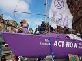 Aktivisti blokujú premávku vo Veľkej Británii: Chcú, aby úrady začali konať