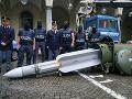 Razia u pravicových extrémistov: Policajti neverili vlastným očiam, našli aj raketu za pol milióna