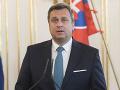 Danko zverejnil zahraničné cesty, výzva pre Cséfalvayovú: Nerobte si z toho svoju kampaň
