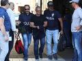 Obrovský úlovok talianskej polície: VIDEO Najmocnejší mafiáni na loďke, pochytali ich ako muchy