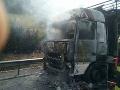 PRÁVE TERAZ Kolaps na D1: Kamión v plameňoch, zdržíte sa takmer hodinu