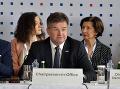 Slovensko by v rámci V4 nemalo ísť proti svojim záujmom, tvrdí Lajčák