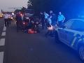 Dráma na diaľnici D2: FOTO Streľba pri policajnej náhaňačke, šialenec unikal z Česka