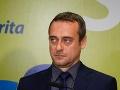 SaS obviňuje policajta NAKA z prepojení s údajne obžalovaným z daňových podvodov