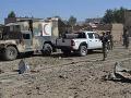 Bombový atentát v Adene: Pri útoku na vojenskú prehliadku zahynulo tridsaťpäť ľudí