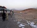 Intenzívne útoky Talibanu v Afganistane pokračujú: Mierové rokovania nepomáhajú