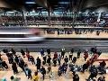 Španielsko ochromil veľký štrajk zamestnancov železníc: Stovky spojov zrušených