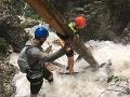 Dramatické chvíle v Slovenskom raji: Potok sa zmenil na divokú hrozbu, VIDEO záchrannej akcie