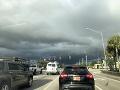 VIDEO Blesk počas búrky zasiahol septik: Čo sa stalo potom, nikto nečakal