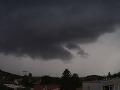 Zúrivé búrky nad Českom: VIDEO Ľudí vystrašilo tornádo, vzdušný vír lámal stromy ako zápalky